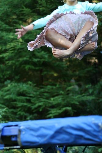 crosslegged trampoline jump